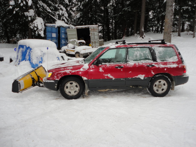 Subaru with Snow Plow-dsc01481.jpg