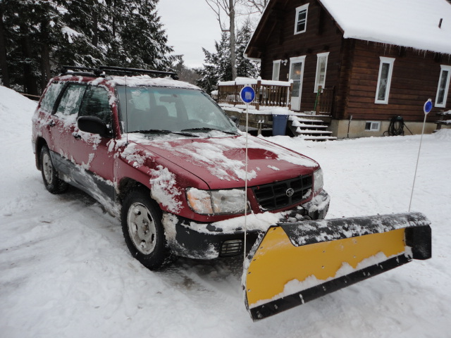 Subaru with Snow Plow-dsc01483.jpg