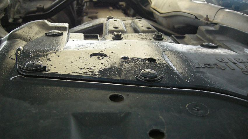 2007 Subaru Forester Oil Leak and diesel type noise when warm ...