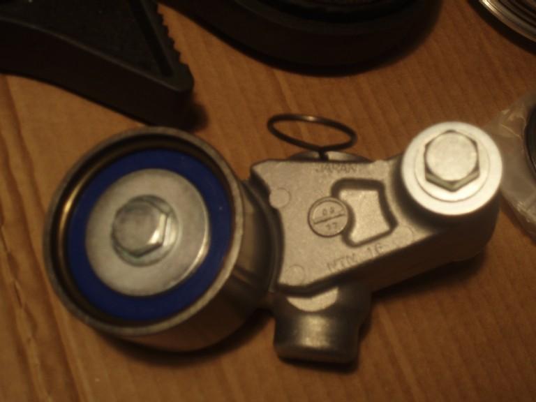 timing belt tensioner & pulleys-hydraulic.jpg
