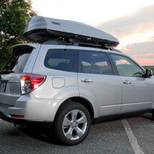 09 XT with Thule Cargo Box